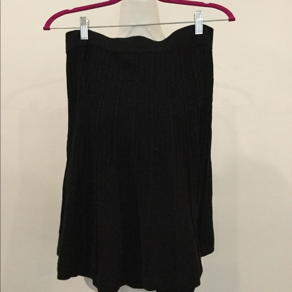 CAbi Dresses & Skirts - Knit ribbed skirt